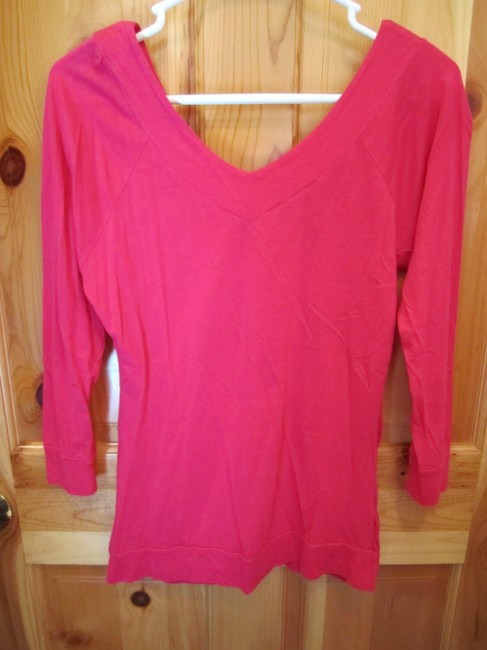 American Rag Small Hot Deep V Front Back Long Waist Pullover T Shirt Pink