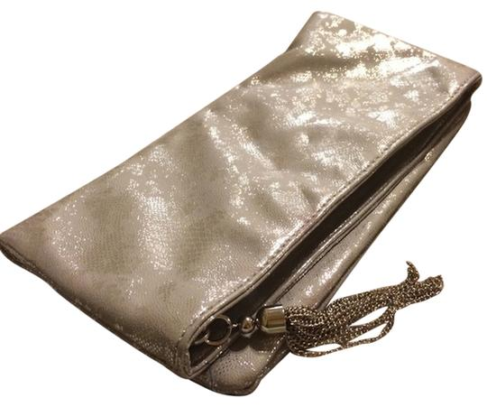 Preload https://item5.tradesy.com/images/the-limited-metallic-clutch-9097429-0-1.jpg?width=440&height=440