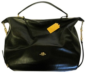 Coach Madison Xl Smythe Smythe Satchel in BLACK