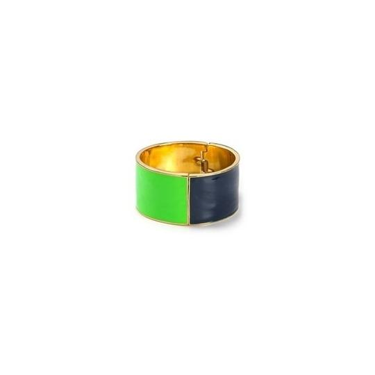 Preload https://img-static.tradesy.com/item/9098599/kate-spade-navy-and-green-and-12k-gold-plate-au-contraire-hinged-wide-modern-style-bracelet-0-2-540-540.jpg