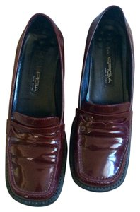 Via Spiga Patent Leather Chunky Heels Burgundy Flats