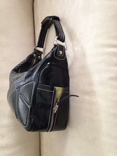 Tod's Patent Leather White Stitches Exterior Pockets Silver Hardware Made In Italy Zipper Closure Shoulder Bag