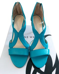 Nine West Summer Spring Turquoise Sandals