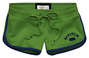 Abercrombie & Fitch Shorts green