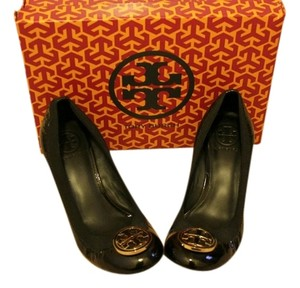 Tory Burch Gold Hardware Elastic Black Patent Leather Wedges