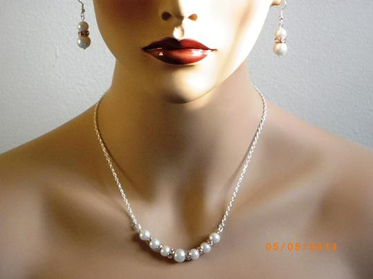 White Cream Ivory Pearl Necklace and Earrings Rose Gold Rhinestone Crystal Pearl Jewelry Set