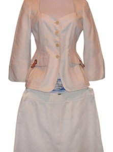 Armani Collezioni ARMANI COLLEZIONI FAB WHITE SKIRT SUITE, JACKET WITH BELT AND LEATHER DETAILS ON POCKET(one buckle on pocket missing in side hardware)
