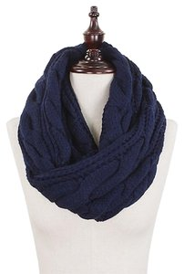 Chunky Solid Color Cable Knitted Infinity Scarf