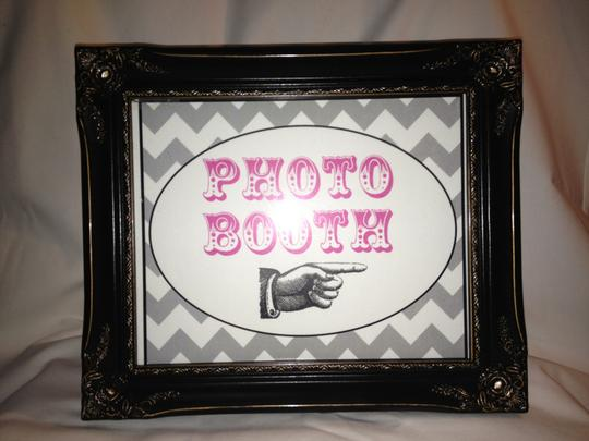 Preload https://img-static.tradesy.com/item/91139/black-photo-booth-sign-with-frame-and-stick-props-other-0-0-540-540.jpg