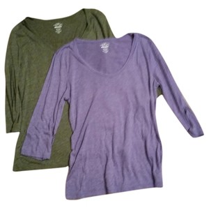 Old Navy T Shirt Green Heather and Purple Heather