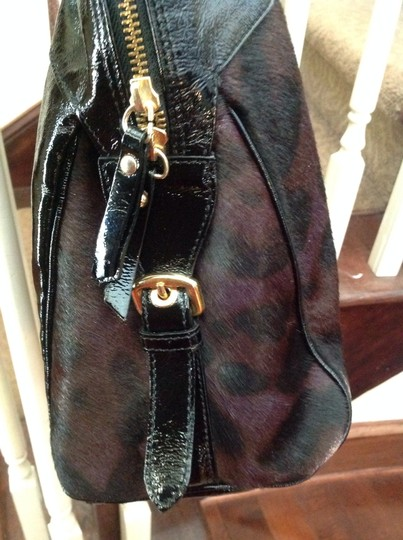 INNUE' 5 Gold Button On Bottom Gold Hardware No Visible Signs Of Use Few Scratches Designer Plate 11 Shoulder Bag