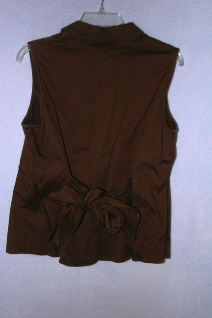 Jones New York Jones New York Brown sleeveless button down with tie in back Size XL Fits like Large L