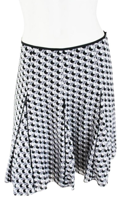 Preload https://item3.tradesy.com/images/white-house-black-market-and-grey-geo-print-flounce-size-4-s-27-912707-0-0.jpg?width=400&height=650