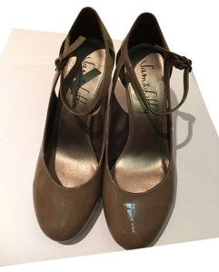 Sam & Libby Patent Shine Brown Pumps