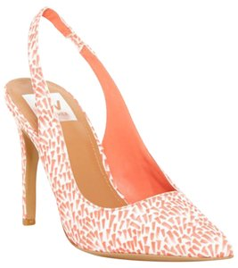 Dolce Vita New Dv Nwt Orange and White Pumps