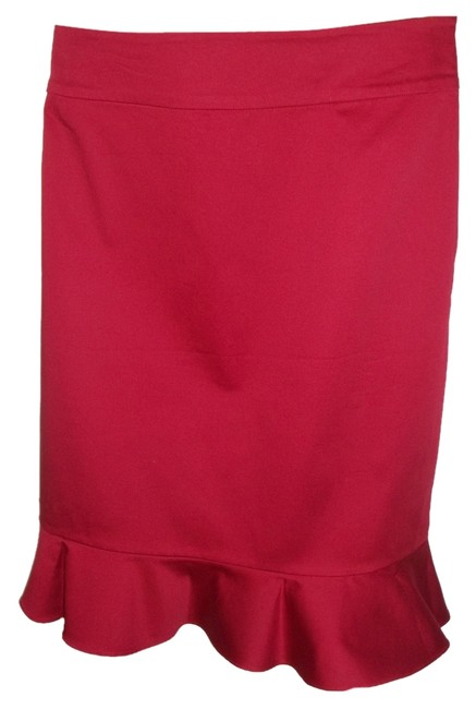 Item - Ruby Red Skirt Size 12 (L, 32, 33)