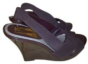 victoria spenser brown Wedges