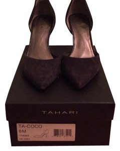 Tahari Dark Grey Pumps