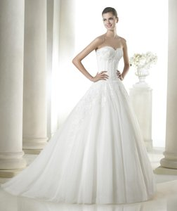 Pronovias Sally Wedding Dress