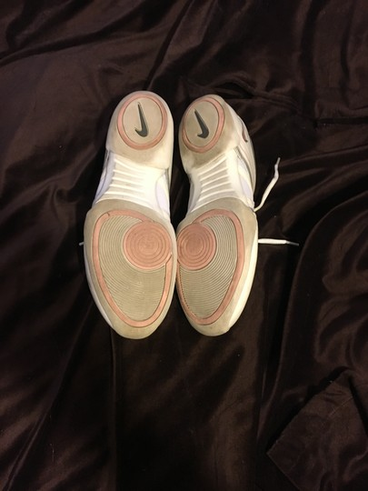 Nike White / Pink Athletic
