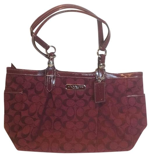 Preload https://img-static.tradesy.com/item/9135997/coach-burgundy-canvas-tote-0-2-540-540.jpg