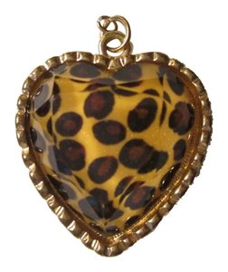 Other Tiger spot charm NWOT/So Cute!