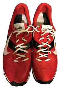 Nike Bowerman Track & Field Men's / / Size 8.5 Red / Black / White Athletic