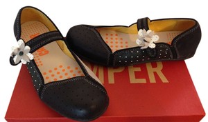Camper Casual Black/White Flats