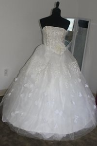 1031 Wedding Dress