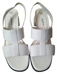 Fanfares White Sandals