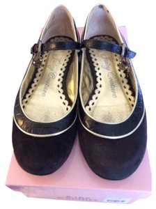 Juicy Couture Brown Flats
