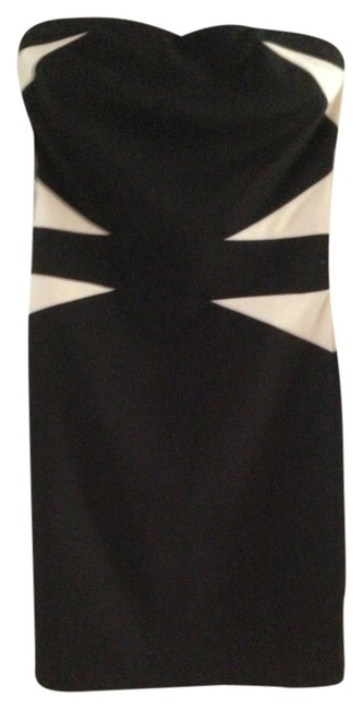 Preload https://item3.tradesy.com/images/black-with-off-white-above-knee-cocktail-dress-size-4-s-913987-0-0.jpg?width=400&height=650