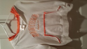 HOOTERS EQUIPMENT Sweater