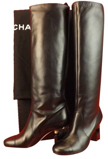 Preload https://img-static.tradesy.com/item/9148048/chanel-black-leather-lucite-pearl-heel-tall-classic-bootsbooties-size-eu-385-approx-us-85-regular-m-0-1-540-540.jpg