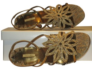Max Studio Metallic Ivory/Gold/Brown Reptile Print Sandals