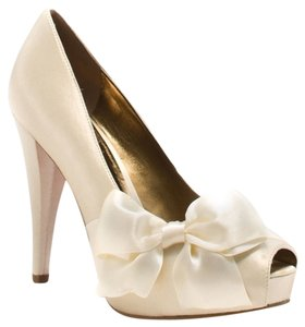 Paris Hilton Wedding Satin Heel Ribbon Bow Ivory Pumps