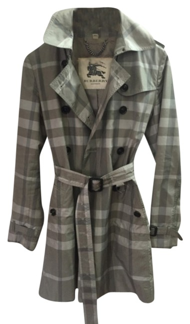 Preload https://img-static.tradesy.com/item/9155332/burberry-london-grey-plaid-trench-spring-jacket-size-6-s-0-1-650-650.jpg
