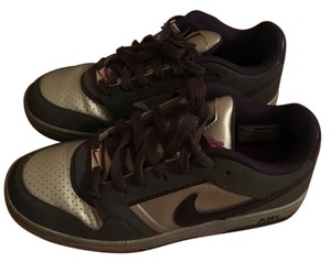 Nike Sneakers gray and purple Athletic