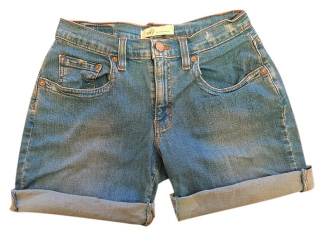 Preload https://img-static.tradesy.com/item/9163678/denim-cuffed-shorts-size-6-s-28-0-3-650-650.jpg