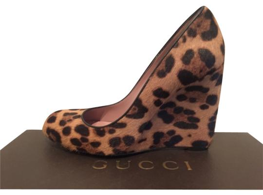 Preload https://img-static.tradesy.com/item/9164311/gucci-leopard-wedges-9164311-0-2-540-540.jpg