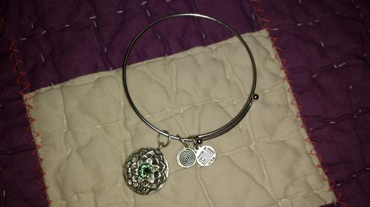 Other Clea Ray Peridot Bracelet with Flower