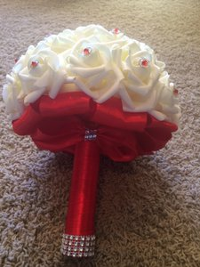 Red other flower girl baskets up to 90 off at tradesy red white cream faux bouquets ring bearer and items flower girl basket mightylinksfo
