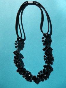 Other Black Flower Necklace with Stretch Band