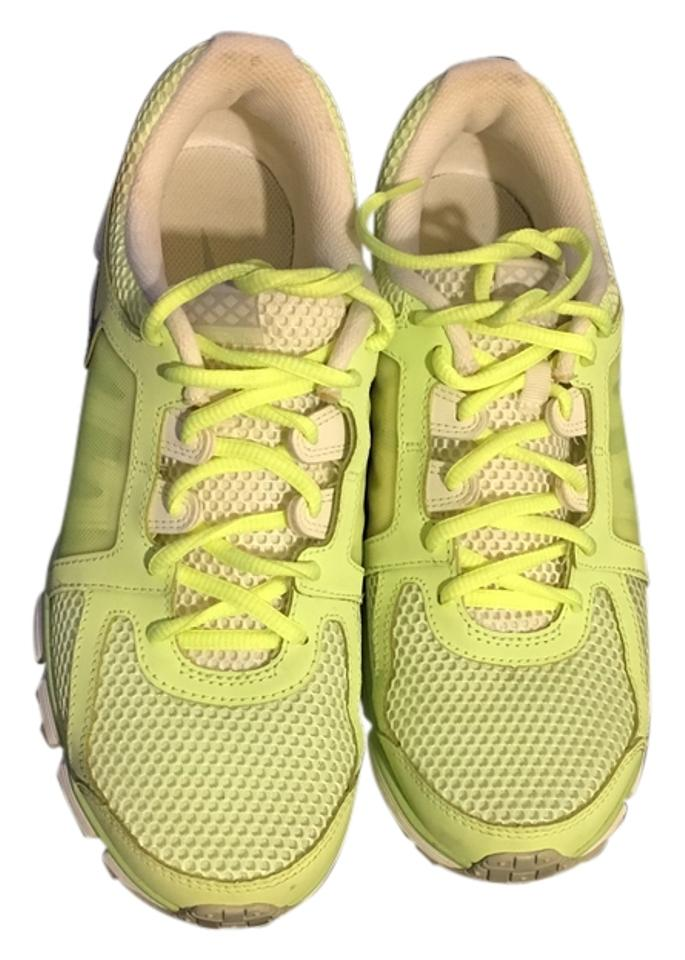 084ff212e64282 Nike Lime Green Dual Fusion St2 Breathe Waffle Outsole Women s Sneakers