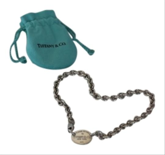 Preload https://img-static.tradesy.com/item/917073/tiffany-and-co-silver-sterling-925-tag-choker-155-necklace-0-0-540-540.jpg