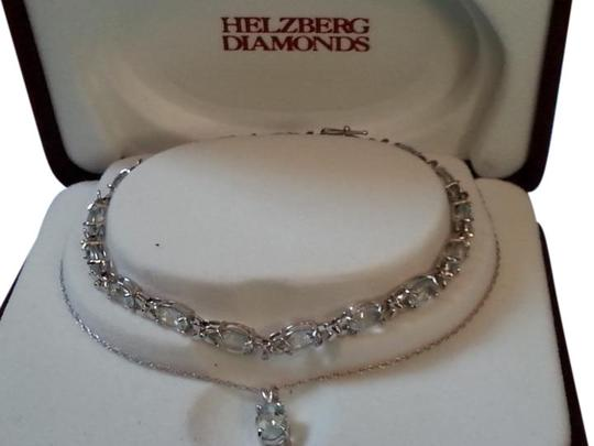 Preload https://img-static.tradesy.com/item/9171427/helzberg-diamonds-aquamarine-10k-and-necklace-bracelet-0-10-540-540.jpg