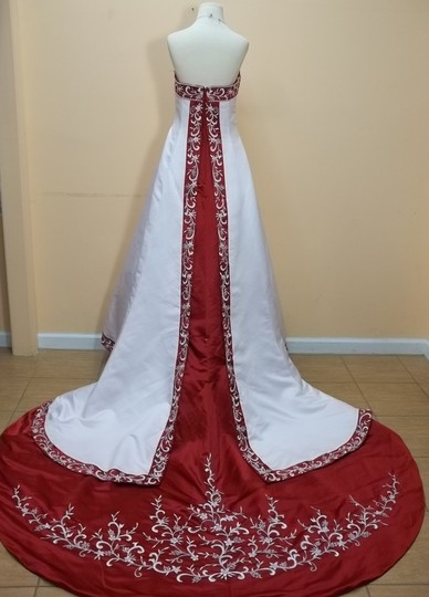 DaVinci Bridal White/Claret Satin 8229 Formal Wedding Dress Size 10 (M)