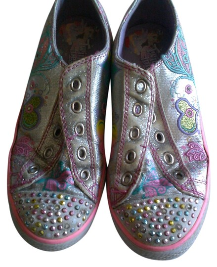 Preload https://img-static.tradesy.com/item/917341/skechers-silvercolorful-twinkle-toes-girl-sneakers-sneakers-size-us-4-regular-m-b-0-0-540-540.jpg