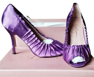 Gwyneth Purple Pumps