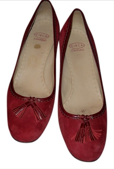 Preload https://item2.tradesy.com/images/circa-joan-and-david-burgundy-pumps-918181-0-0.jpg?width=440&height=440